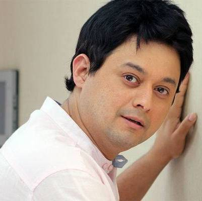 Vinay Chand Parikh original name is Swapnil Joshi