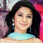 Kumud Saraswatichandra Vyas original name is Jennifer Winget