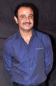Rohit original name is Vivek Mushran