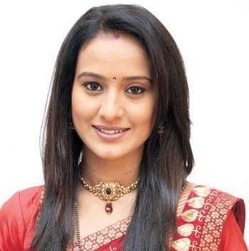Akanksha Agrawal original name is Heena Parmar