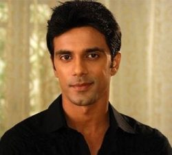 Aman Goyal original name is Anuj Sachdeva
