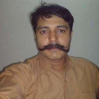 Avinash Gupta original name is Bhuvan Chopra