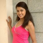 Bindiya Prasad Sinha original name is Richa Soni