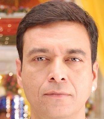 Sharmaji aka Satyajit Sharma