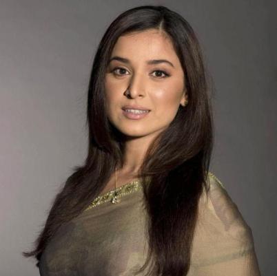 Heena Nawab Mirza original name is Simone Singh