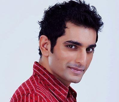 Ishaan Singh Ahluwalia original name is Siddhant Karnick