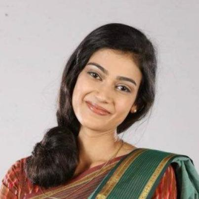 Megha Amar Vyas original name is Aakanksha Singh