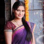 Mugda Kulkarni original name is Aarti Singh