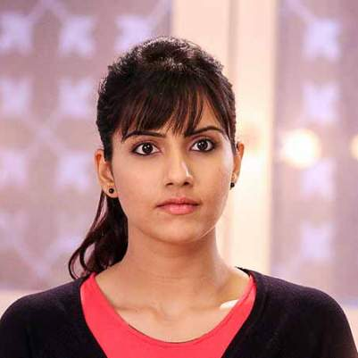 Neha Aman Goyal original name is Smriti Kalra