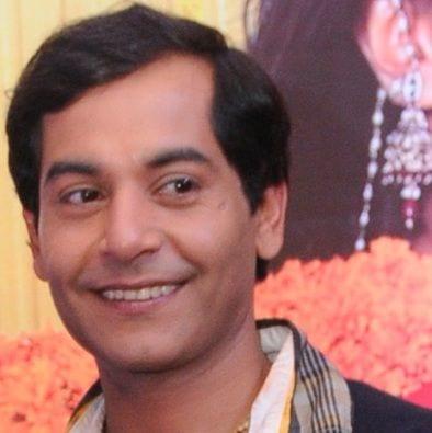 Param/Pammi Pyarelal original name is Gaurav Gera
