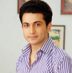 Shikhar original name is Dheeraj Dhoopar