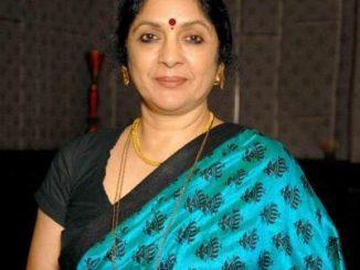 Shubha Joshi original name is Neena Gupta