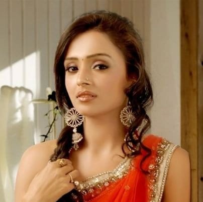 Surbhi Abhay Suryavanshi original name is Parul Chauhan