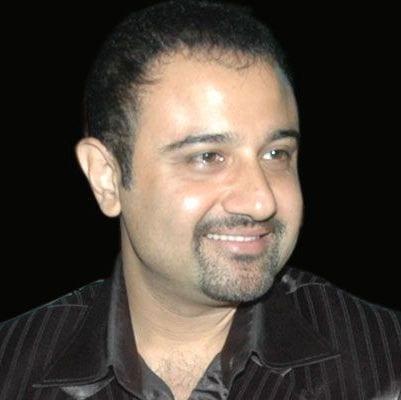 Lakvinder Singh Ahluwalia original name is Vivek Mushran