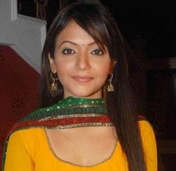 Manya Sharma original name is Pariva Pranati