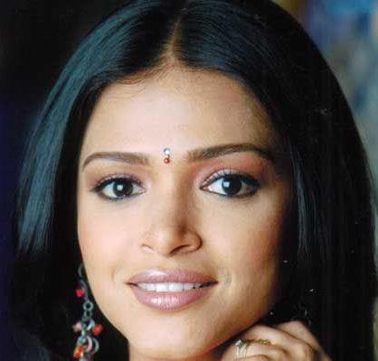 Sneha Shah original name is Deepa Parab