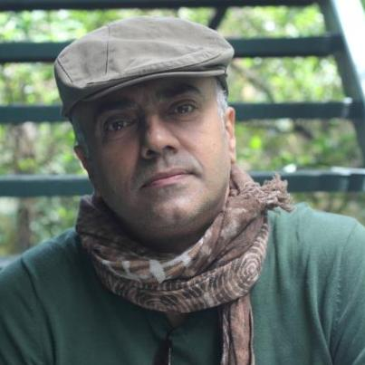 Byomkesh Bakshi original name is Rajit Kapur