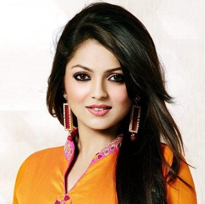 Gayatri original name is Drashti Dhami