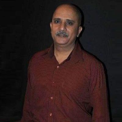 Lalit Prasad a.k.a. Lalloo original name is Rajesh Puri