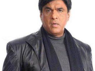 Prince Aryamaan original name is Mukesh Khanna