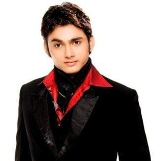 Samar original name is Aryan Pandit