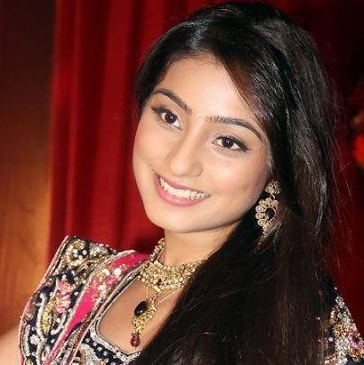Sunaina original name is Neha Marda