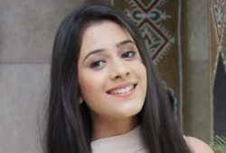 Anushka original name is Hiba Nawab