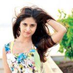 Mili Sethi original name is Hunar Hali