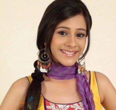 Pari Sinha original name is Hiba Nawab