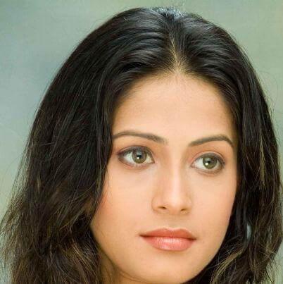 Rajkumari Shivangi Tej Malik aka Dimple Jhangiani