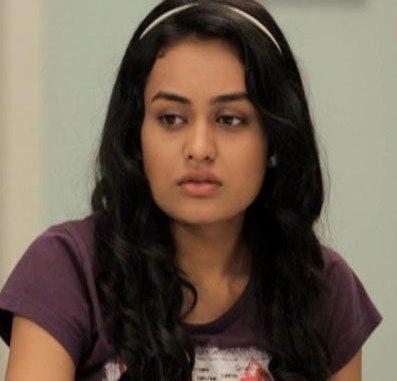 Roshni Kataria original name is Sheetal Singh