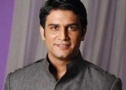 Agent Raghav Sinha original name is Sharad Kelkar