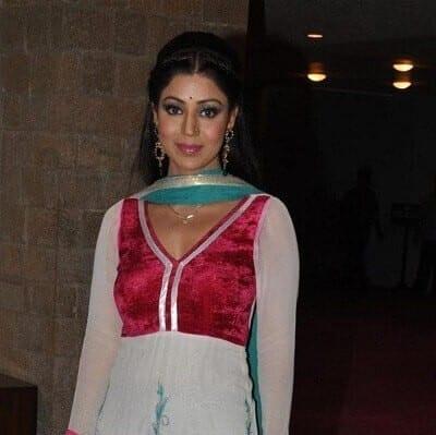Debina Banerjee At Sab Ke Anokhe Awards