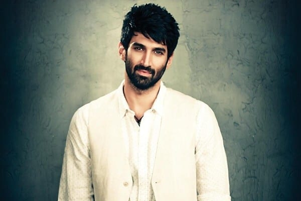 Aditya Roy Kapur Age, Height, Family, Contact Number