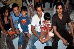 Sohail Khan Family Photo