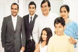 Vinod Khanna Family Photo