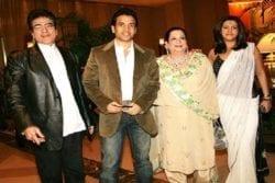 Tusshar Kapoor Family Photo