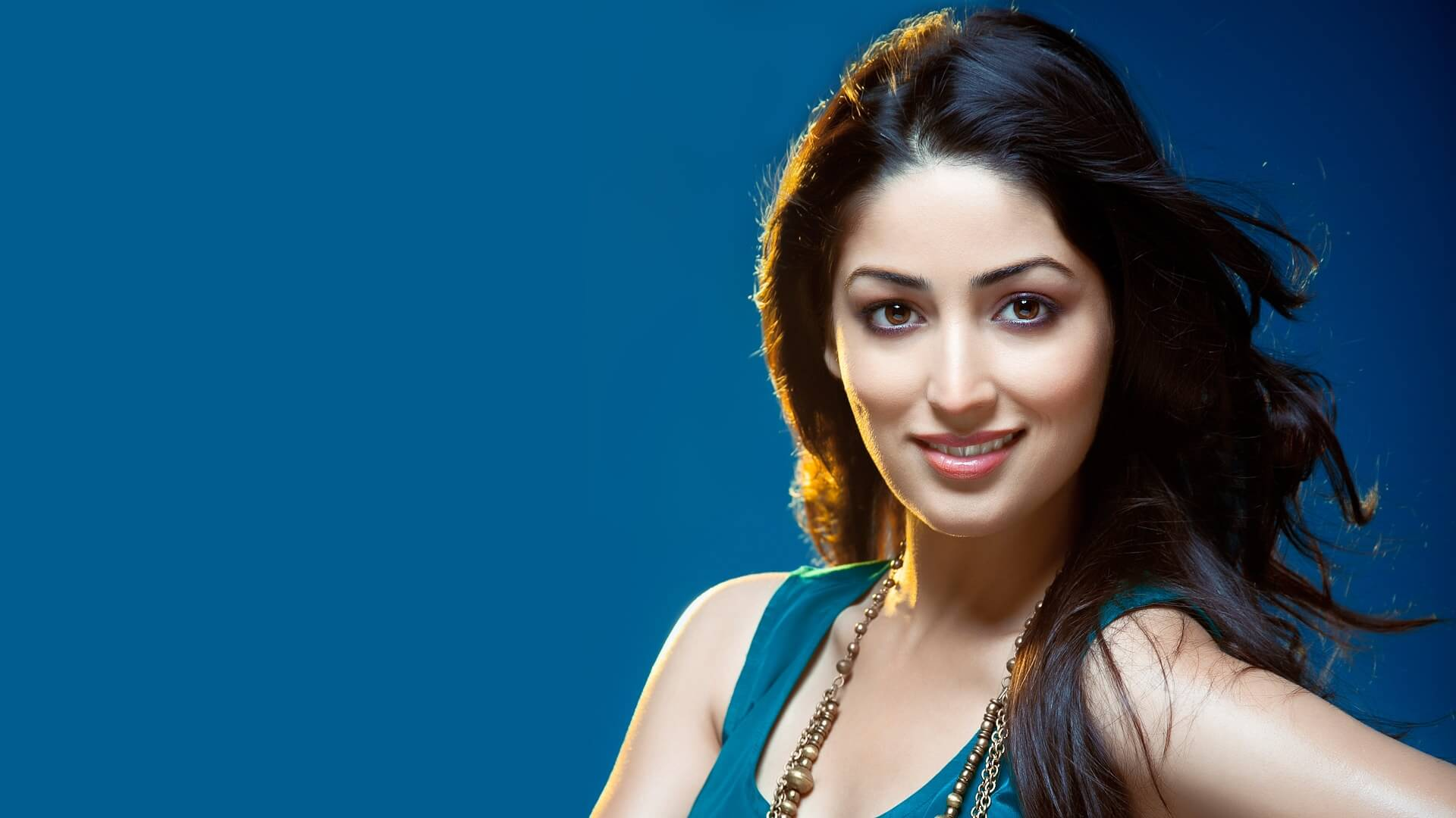 How to Meet Yami Gautam Personally