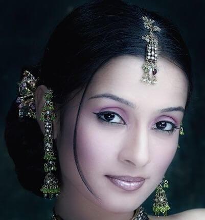 Salina Prakash aka Saraswati