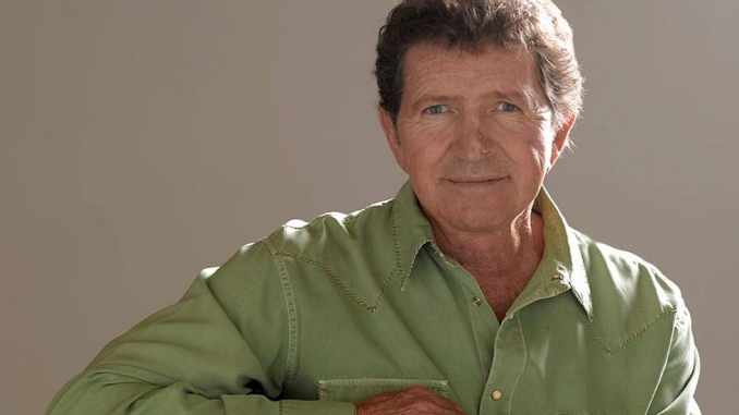 Mac Davis, the 70s country music star dies at 78 following heart surgery