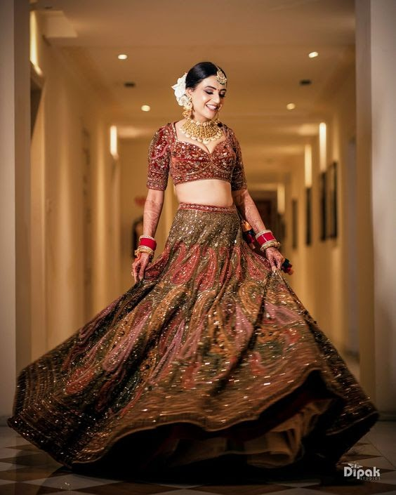 red lehengas for wedding