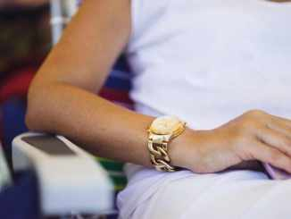 4 Gold Wrist Watches